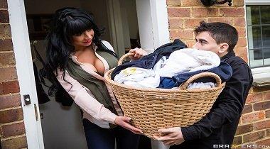 Brazzers - Mommy Got Boobs - Dirty Laundry, Dirtier MILF with Valentina Ricci & Jordi El Niño Polla