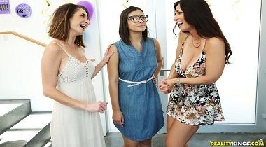 Realitykings - Moms Lick Teens – Graduation Party with Mindi Mink & Violet Starr 380x210