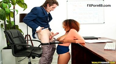 Realitykings - Round And Brown – Ravens Last Chance Brick Danger & Raven Redmond 380x210