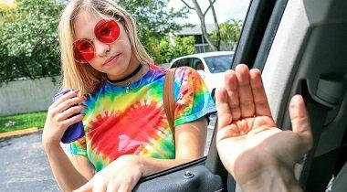Mofos - Stranded Teens – GF Cheats With Driver with Khloe Kapri 380x210