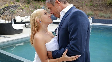 Brazzers - Dripping for Daddy's Best Friend with Aspen Romanoff & Mick Blue - Baby Got Boobs 380x210