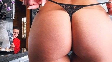 Bangbros porn - Spying Juan Finally Got Fucked By Stepmom with Juan & Riley Jenner