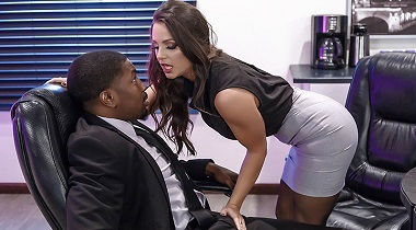 Brazzers - Just Don't Fuck The Boss's Daughter with Abigail Mac & Isiah Maxwell - Big Tits At Work 380x210
