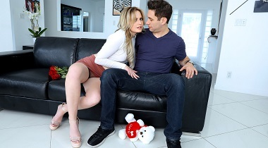 Mofos HD - Blonde Teen Valentine's Surprise with Britney Light - I Know That Girl 380x210