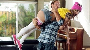 Realitykings.com - Star Stroked by Kali Roses & Ryan Mclane - Pure 18 380x210