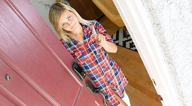Teamskeet - She'sNew - Never Trust Your Ex by Madison Hart 380x210