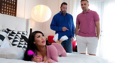 Brazzers - Big Butts Like It Big - Buttaholics Anonymous August Taylor & Keiran Lee 380x210