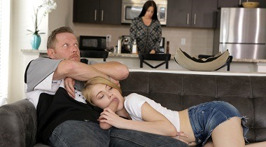 Myfamilypies.com - Fathers Day Fuck with Hannah Hays 380x210