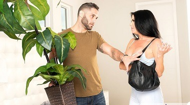 Naughtyamerica.com - My Friend's Hot Mom Veronica Avluv , Damon Dice 380x210