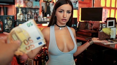 Mofos 1080p - Barmaid Gets Laid Again by Alyssa Kent - Public Pickups 380x210
