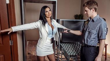 Brazzers - Big Butts Like It Big - Assmissible Evidence Jasmine Jae & Markus Dupree 380x210