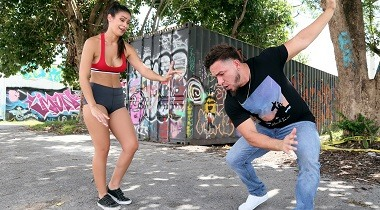 Mofos - Dance For My Vlog by Katana Kombat - Public Pickups 380x210